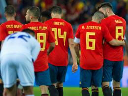 Spanien verzaubert in Malaga - Sorgen um Isco