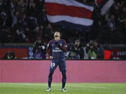 Neymar: Vier Tore und ein Handschuh-Jubel