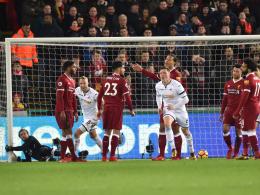 Van Dijk unglücklich: Verkaterte Reds verlieren beim Letzten!