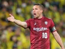 Podolski muss bei Kobe-Remis früh raus