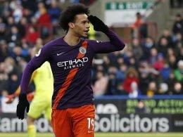 Umstrittener Doppelschlag: Sané führt City zum Sieg