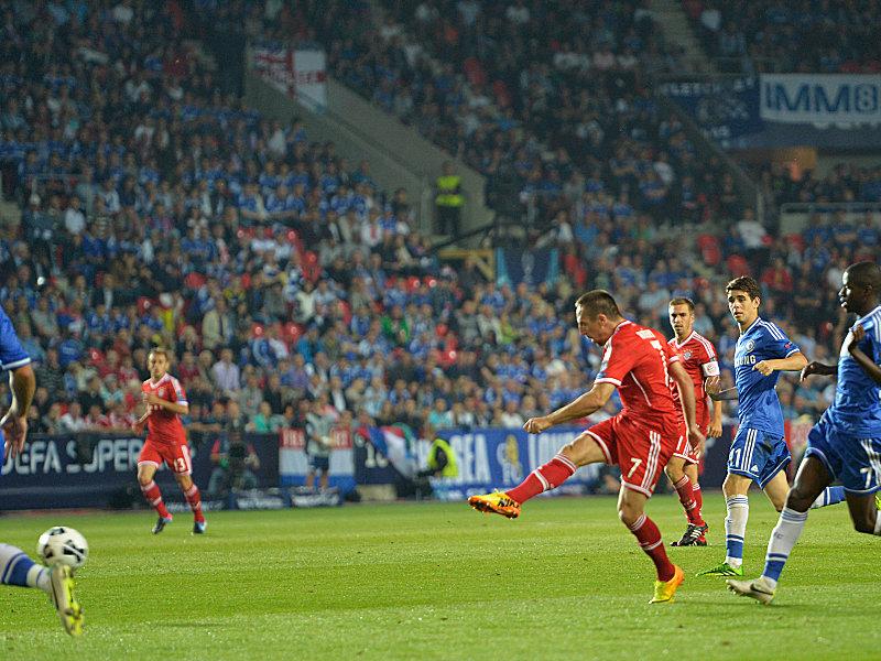 Ribery spricht ein Machtwort und schießt aus der Distanz das 1:1 kurz nach der Pause.
