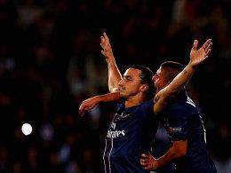 Zlatan Ibrahimovic lässt sich feiern.