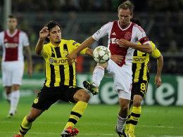 Mats Hummels gegen de Jong.