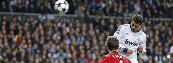 Mustergültig: Ronaldo köpft das 1:1 gegen Mancheter United.