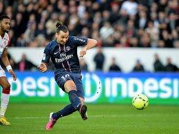 Wie entscheidet die UEFA? Zlatan Ibrahimovic hofft noch auf seine Hinspielteilnahme gegen Barcelona.
