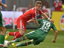 Xherdan Shaqiri verletzte sich gegen Augsburg am Oberschenkel und fehlt mehrere Wochen.