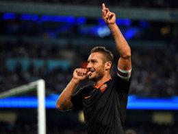 Mit 38 Jahren der �lteste Torsch�tze der Champions League: Francesco Totti.