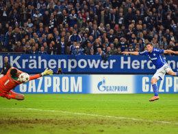 Da war die Welt in Ordnung: Huntelaar macht das zwischenzeitliche 2:1 gegen Sporting.