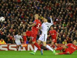Cristiano Ronaldo erzielte mit seinem 70. Champions-League-Treffer per Dropkick die Führung für Real Madrid in Liverpool.