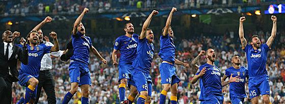 Partystimmung: Juventus feiert im Bernabeu.