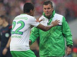 Luiz Gustavo und Trainer Dieter Hecking
