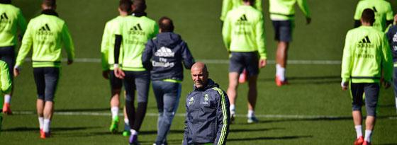 """Hat noch """"nie viermal getroffen"""": Real-Coach Zinedine Zidane."""