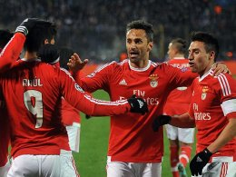 Portugiesische Freude: Benfica-Spieler freuen sich über das 1:1.
