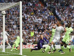 LIVE! Real in Front: Bale vollstreckt aus spitzem Winkel