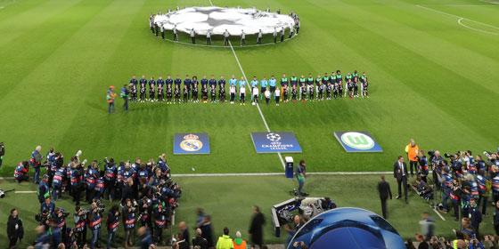 Ert�nt die Champions-League-Hymne ab 2018 nicht mehr um 20.45 Uhr?