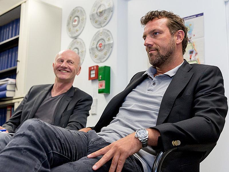 Chefreporter Karlheinz Wild und Trainer Markus Weinzierl