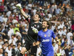 Pirlo über Buffons Platzverweis: