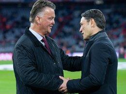 Van Gaal von Hoeneß umarmt, von Bayern überrascht