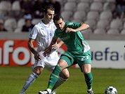 Laban (li.) gegen Hugo Almeida