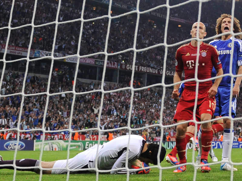 Cech hat Robbens Elfer entschärft