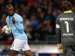 Mario Balotelli traf in der Nachspielzeit und überwand Roman Weidenfeller zum 1:1-Endstand.
