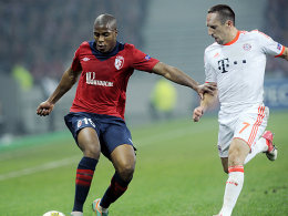 Lilles Sidibé und Bayerns Ribery (re.)