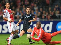 Samir Nasri (Mitte) trifft zum 1:0 gegen Ajax Amsterdam