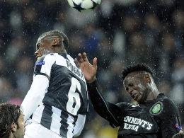 Juves Pogba im Duell mit Wanyama (re.)