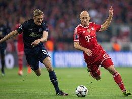 Enteilt: Robben läuft Fletcher davon.