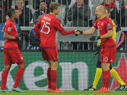 Selbst zu zehnt l�st Bayern das Ticket