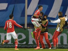 Gaitan k�pft Benfica unter die letzten Acht