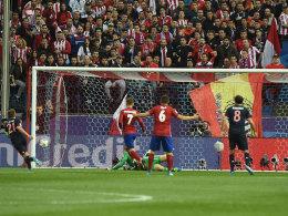 Saul Niguez l�sst die Bayern zittern