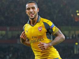 Doppelter Walcott führt Arsenal zum Sieg