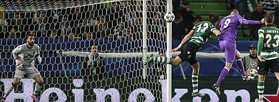 Karim Benzema erzielt das 2:1