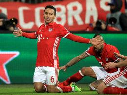 Thiago führt die Bayern zum Kantersieg