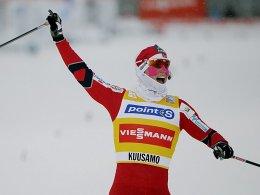Siegerin wie schon am Samstag: Marit Björgen dominiert in Kuusamo.