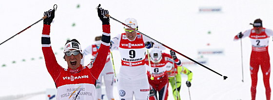 Neuntes WM-Gold! Marit Björgen beim Zieleinlauf in Val di Fiemme.