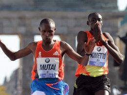 Geoffrey Mutai und Dennis Kimetto