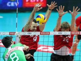 Abgeblockt: Die deutschen Volleyballer gewannen auch gegen Bulgarien.