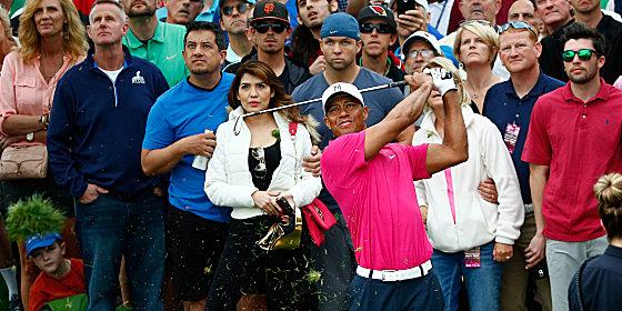 Massenandrang: 120.000 Fans str�mten im Super-Bowl-Vorfeld nach Scottsdale, um Tiger Woods zu sehen.