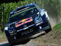 Die Konkurrenz abgehängt: Sebastien Ogier siegte in seinem VW Polo R WRC am ersten Tag der Rallye Deutschland.