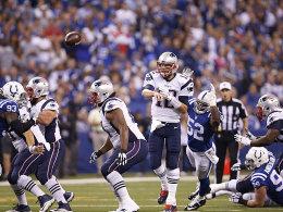 Brady l�sst sich nichts ankreiden - Rodgers-Rekord im Retro-Shirt