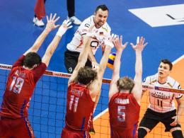 Wie eine Wand: Russland war im Halbfinale zu stark für die deutschen Volleyballer um Georg Grozer.