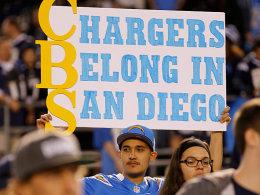 Wunsch erhört: Dieser und weitere Fans werden sich über den vorübergehenden Verbleib der Chargers in San Diego freuen.