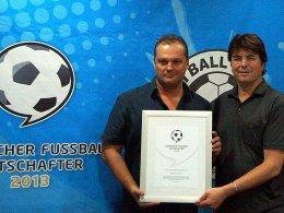 Sportlich und gesellschaftlich engagiert: Michael Weiss, rechts Roland Bischof, Gründer der Initiative.