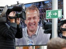 Er nahm seinen Preis per Videoschalte entgegen: US-Nationaltrainer Jürgen Klinsmann.