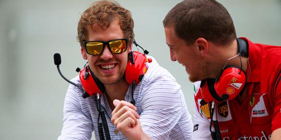 Zum Zuschauen verdammt: Vierfach-Champion Sebastian Vettel darf noch nicht f�r Ferrari testen.