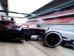 Piloten-Alltag: Jenson Button nimmt Fahrt auf.