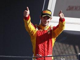 Amerikaner Rossi feiert Formel-1-Renndeb�t